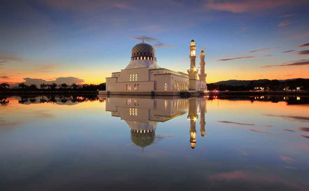 Reflection of Holy Mosque - Ramadhan Al-Kareem 1434H